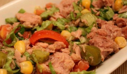 Çubuk Ton Balığı Salatası