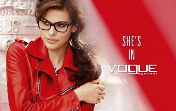 Vogue Eyewear Adriana Lima İle 2015 Sonbahar/Kış Kampanyası