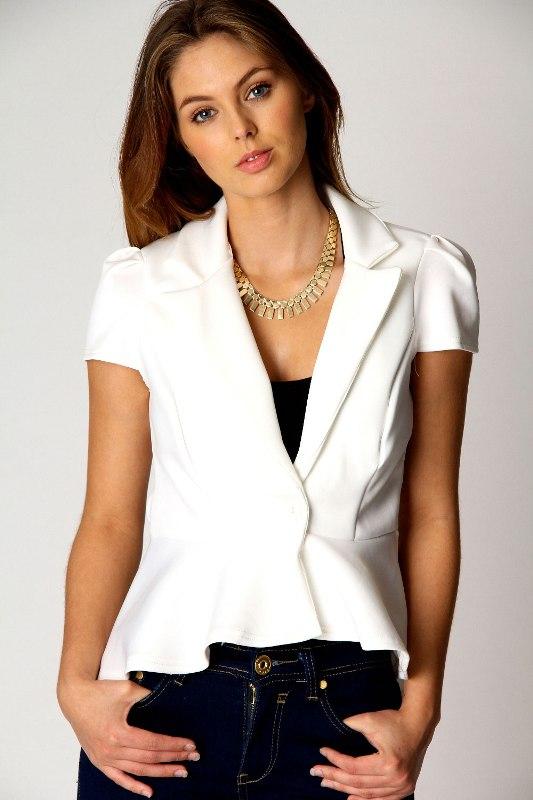 Beyaz Blazer Modelleri 2