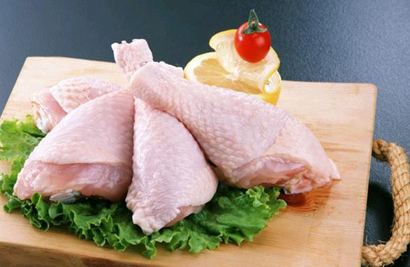 Tavuk, köylülerin hakkı mı