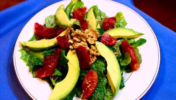 Maş Fasulyesi ve Avokado Salatası Tarifi