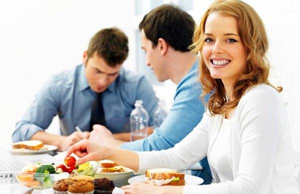 İş Arkadaşınla Öğle Yemeği