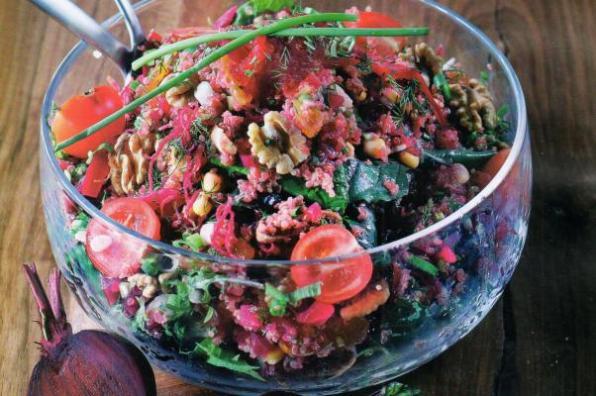 Kinoalı pancar salatası nasıl yapılır