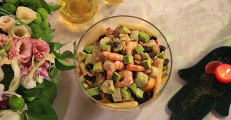 Soğuk Salatalık Salatası ve Acılı Baharatlı Karides