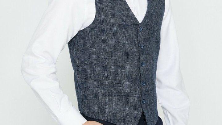 Erkek Giyiminde Yelekler Yeniden Moda Oldu