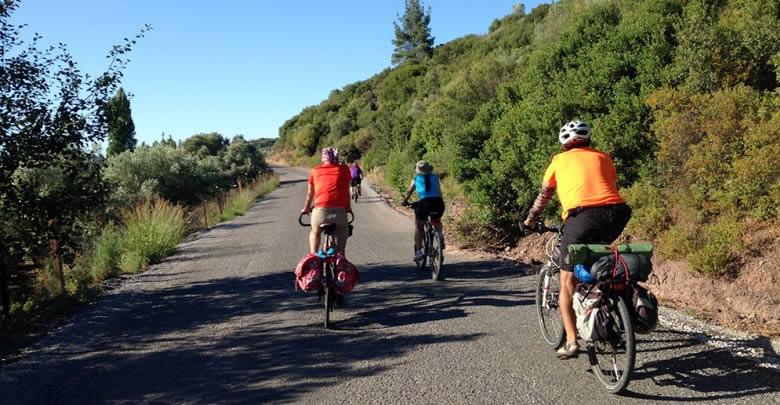 Evde Oturmaktan Sıkılanlar İçin Yürüyüş ve Bisiklet Güzergahları